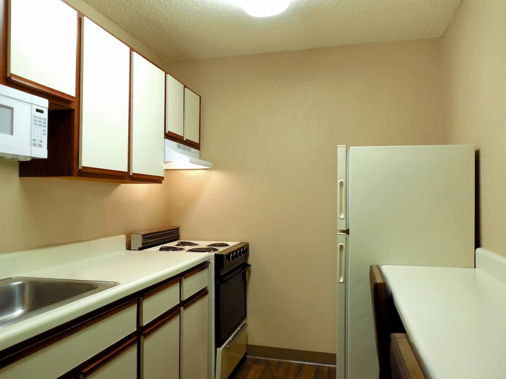 Private Kitchen, Extended Stay America - South Bend - Mishawaka - South