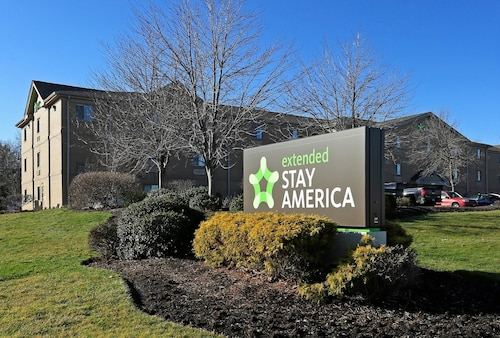 Great Place to stay Extended Stay America - Cleveland - Great Northern Mall near North Olmsted