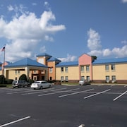 SureStay Plus by Best Western Tarboro Hotel