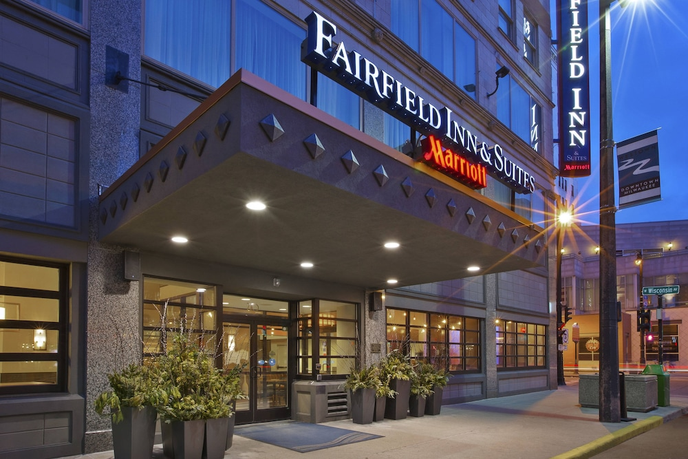 Exterior, Fairfield Inn & Suites by Marriott Milwaukee Downtown