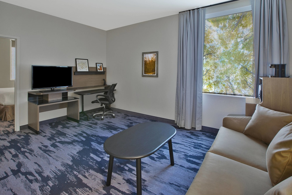 Room, Fairfield Inn & Suites by Marriott Milwaukee Downtown
