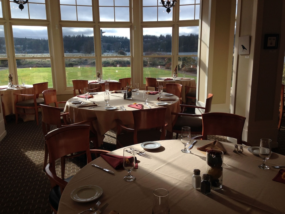 Restaurant, The Resort at Port Ludlow