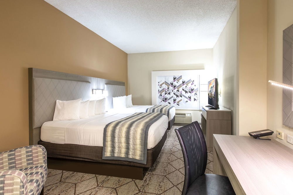 Room, Wingate by Wyndham Charlotte Speedway/Concord