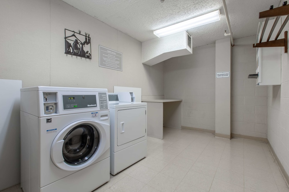 Laundry Room, Wingate by Wyndham Charlotte Speedway/Concord
