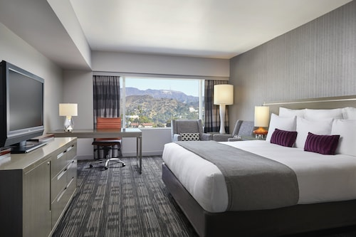 Loews Hollywood Hotel