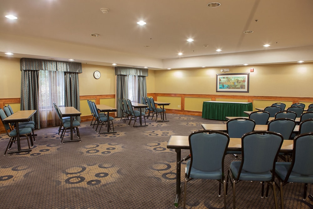 Meeting Facility, Holiday Inn Express Hotel & Suites Canton