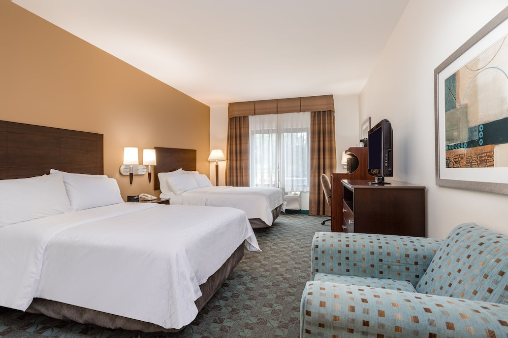 Room, Holiday Inn Express Hotel & Suites Canton