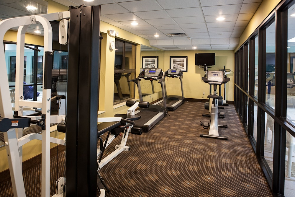 Fitness Facility, Holiday Inn Express Hotel & Suites Canton