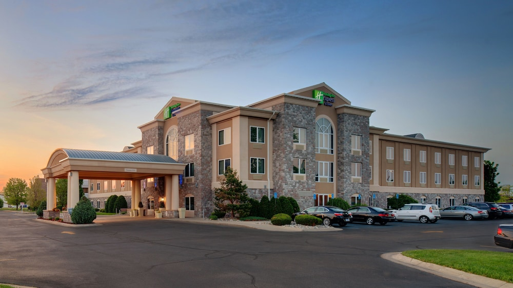 Featured Image, Holiday Inn Express Hotel & Suites Saginaw