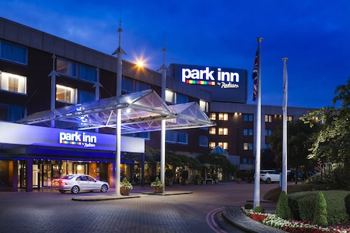 Park Inn by Radisson London Heathrow Airport Hotel