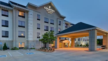 Staybridge Suites Cedar Rapids North