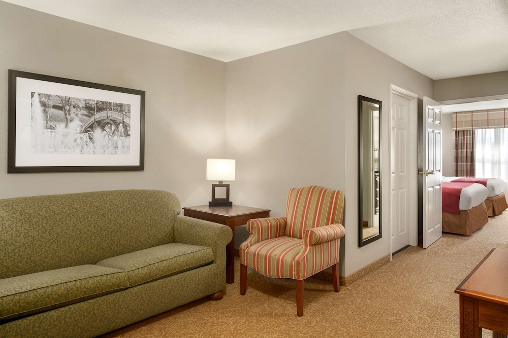 Room, Country Inn & Suites by Radisson, Louisville South, KY