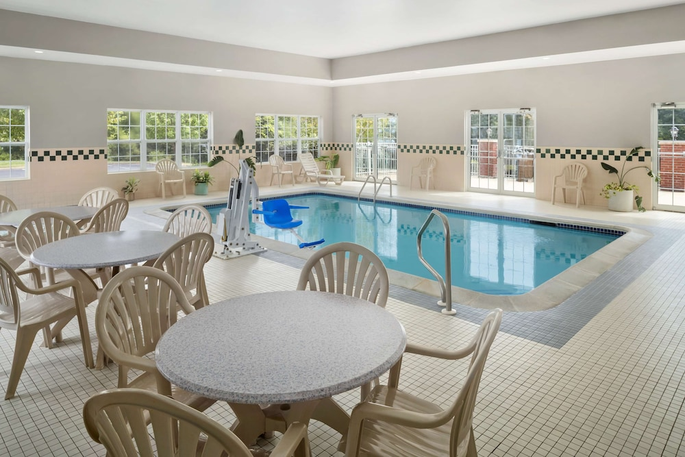 Indoor Pool, Country Inn & Suites by Radisson, Louisville South, KY