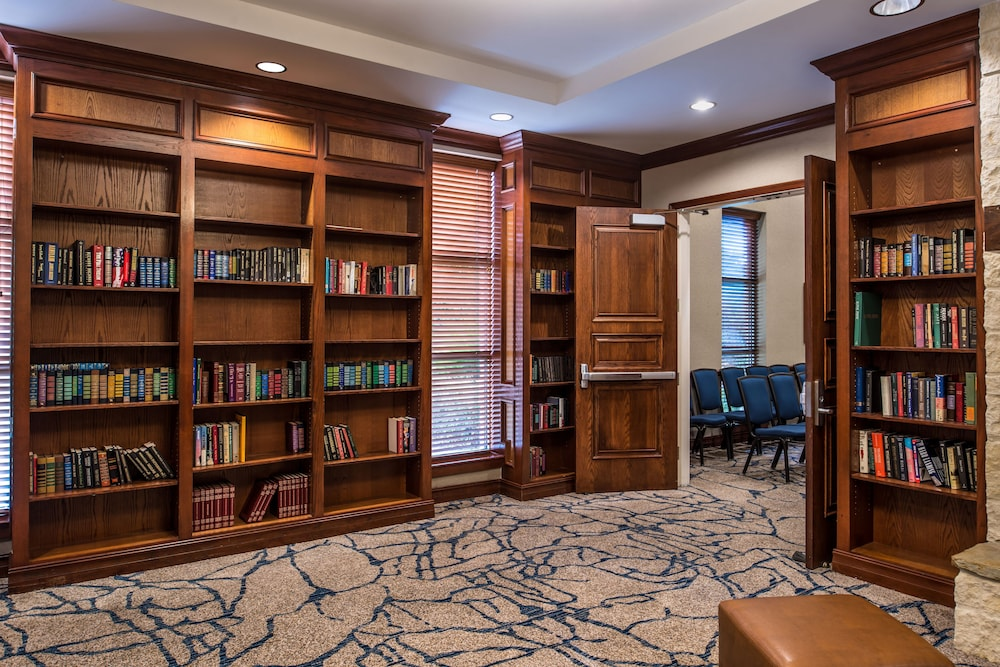 Library, Hilton San Antonio Hill Country