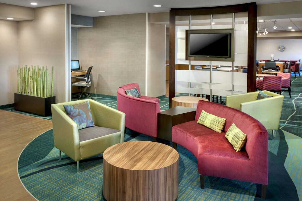 Interior, SpringHill Suites Philadelphia Willow Grove