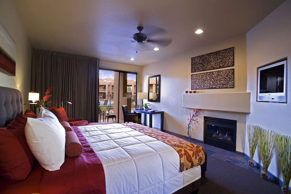 Room, Red Mountain Resort