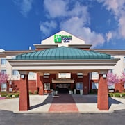 Holiday Inn Express & Suites Manchester