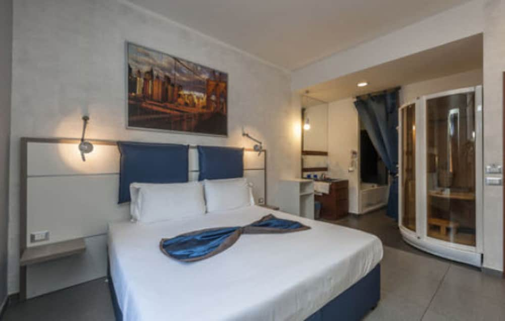 Hotel California Rome 2019 Hotel Prices Expediacouk