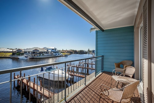 C Mandurah Resort