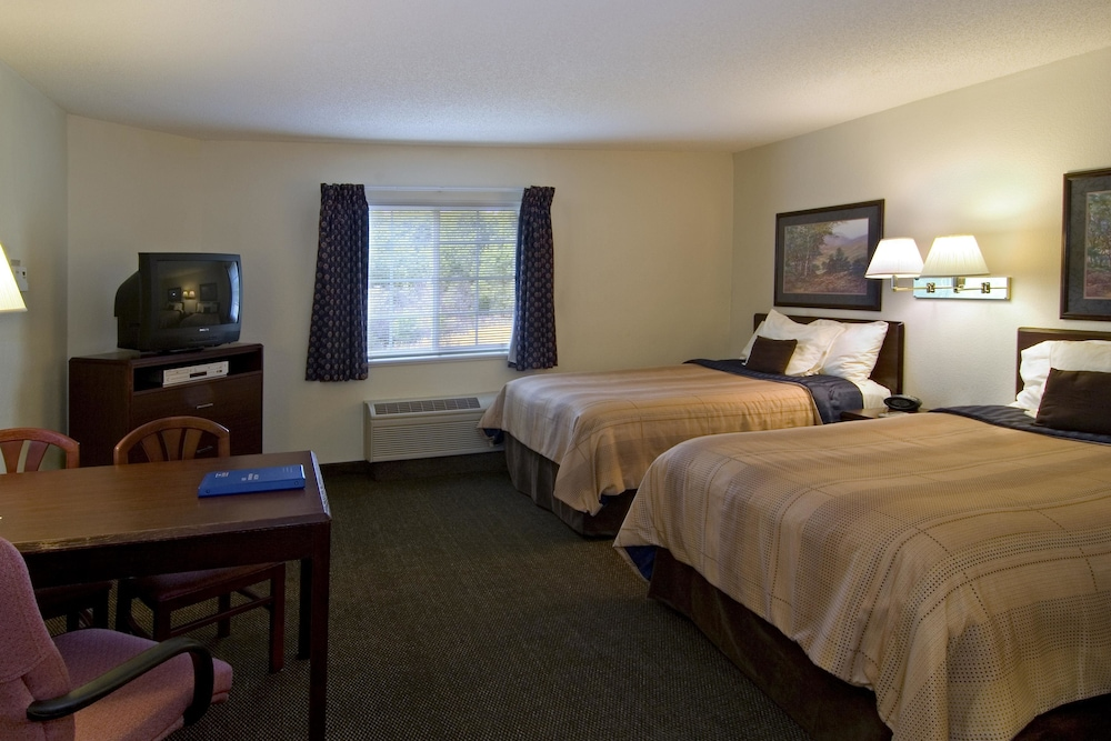 Room, Candlewood Suites Hopewell