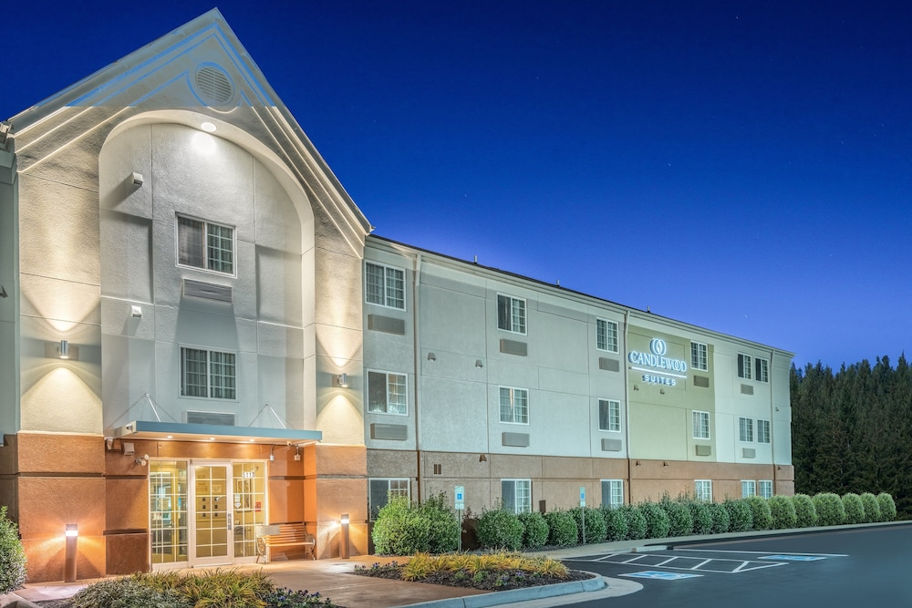 Featured Image, Candlewood Suites Hopewell