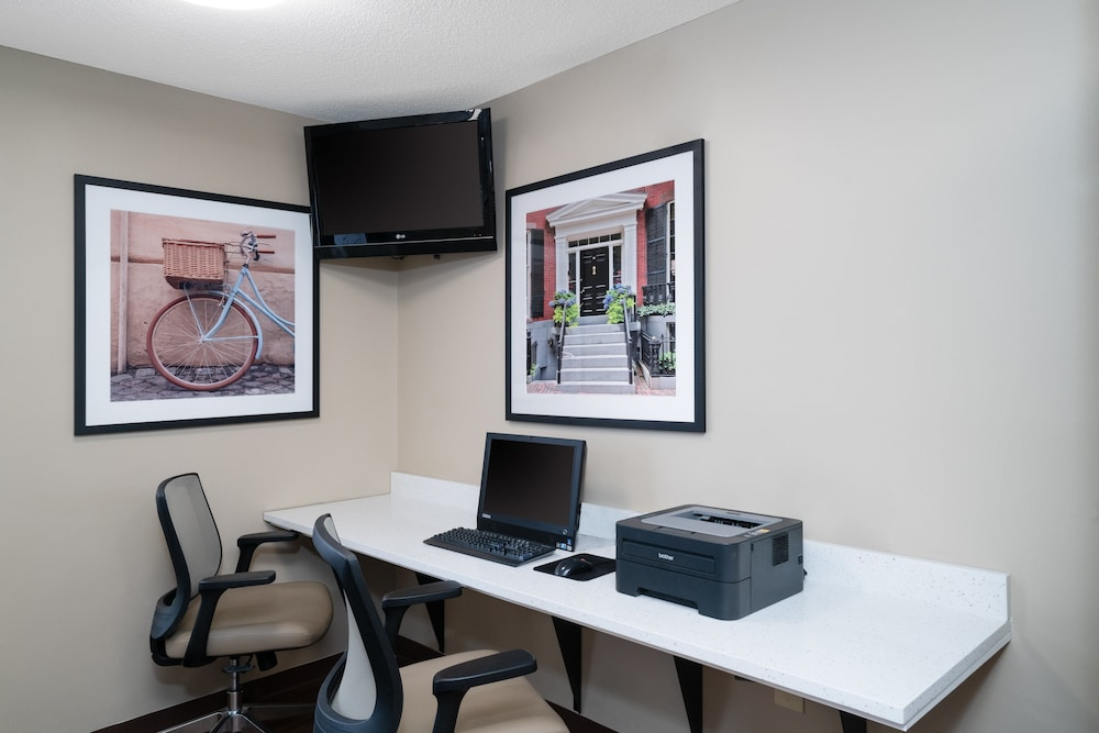 Business Center, Candlewood Suites Hopewell