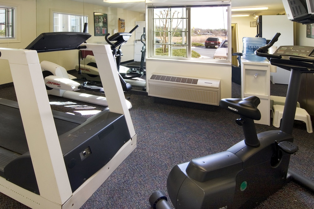 Fitness Facility, Candlewood Suites Hopewell