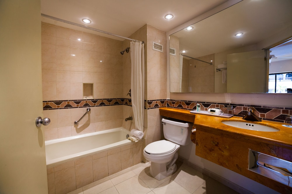 Bathroom, The Reef Playacar Resort & Spa - Optional All Inclusive