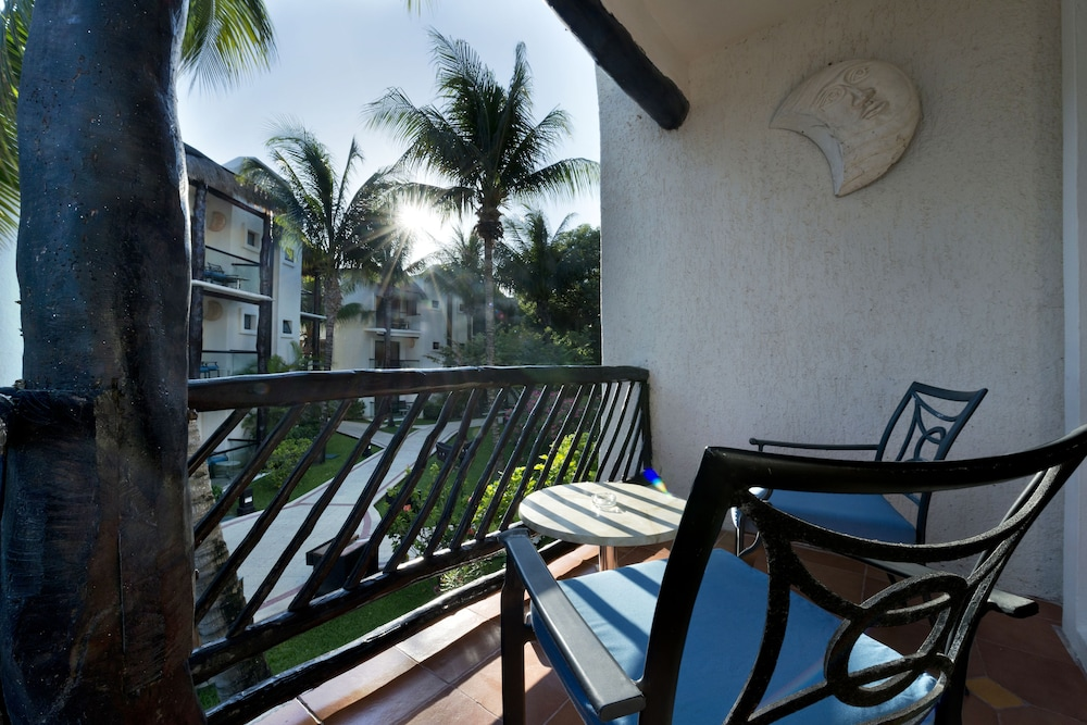 Balcony, The Reef Playacar Resort & Spa - Optional All Inclusive