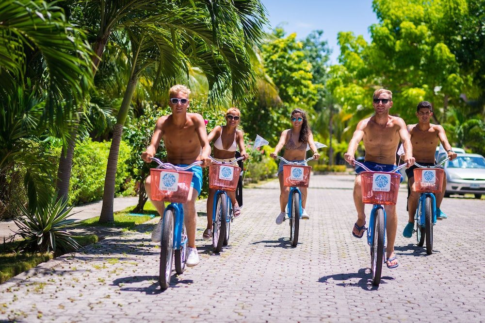 Bicycling, The Reef Playacar Resort & Spa - Optional All Inclusive