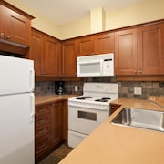 Condo, 3 Bedrooms (Unit 302) - In-Room Kitchen