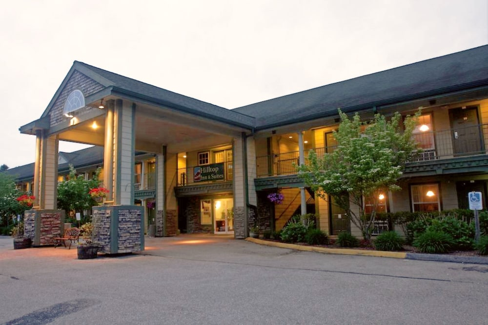 Exterior, Hilltop Inn & Suites - North Stonington