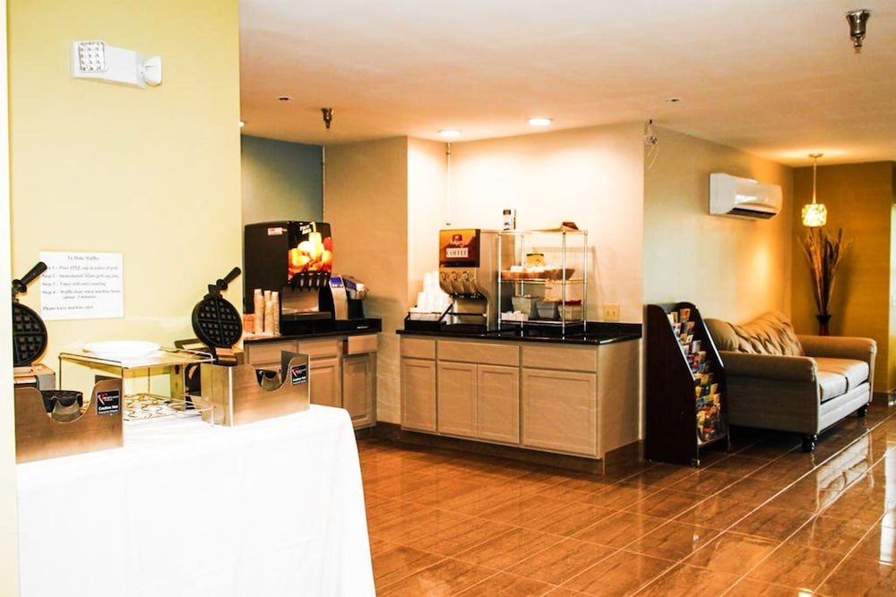 Buffet, Hilltop Inn & Suites - North Stonington