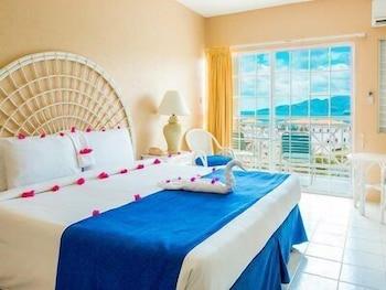 Magazine Beach, Point Salines, Grenada.