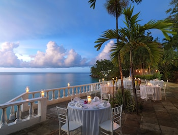 Villa (Clear Water) - Outdoor Dining