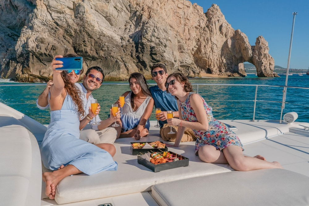 Boating, Hilton Los Cabos Beach & Golf Resort