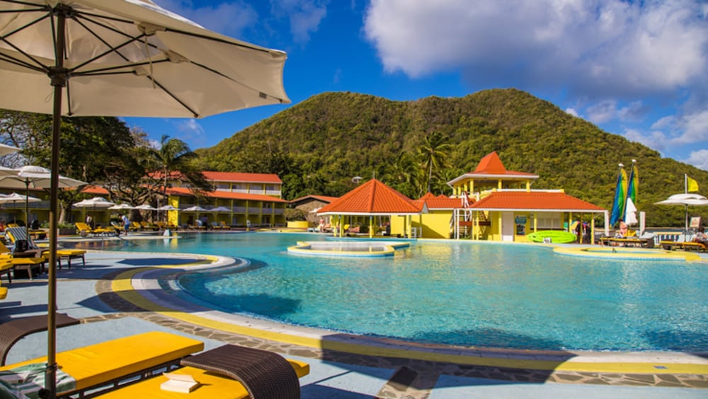 Pool, Starfish St Lucia Resort – All Inclusive
