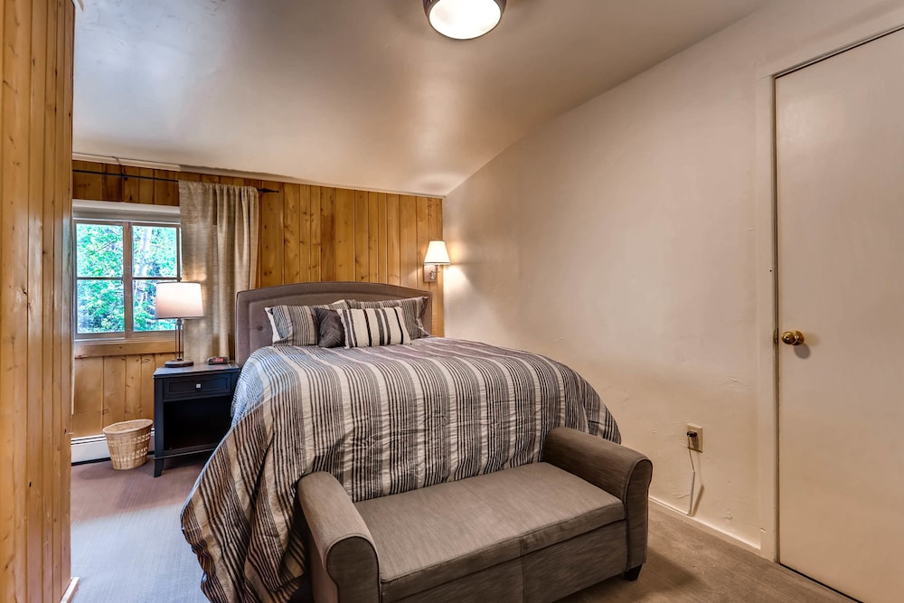 Room, Ski Tip Lodge by Keystone Resort