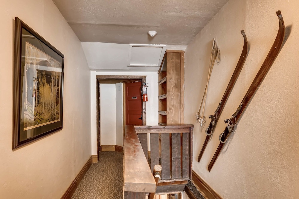 Hallway, Ski Tip Lodge by Keystone Resort