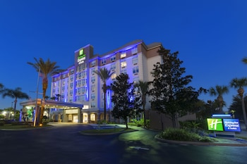 Holiday Inn Express & Suites Orlando-South Lake Buena Vista