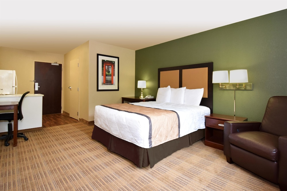 Room, Extended Stay America Savannah - Midtown