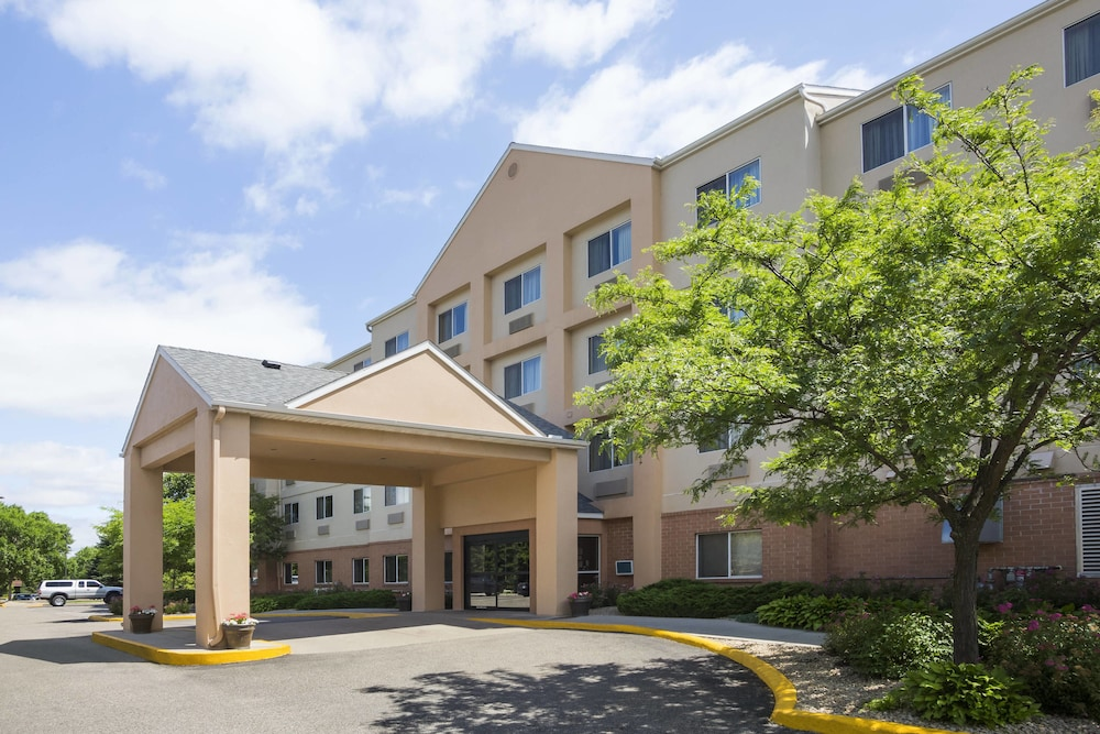 Exterior, Fairfield Inn & Suites Minneapolis-St. Paul Airport