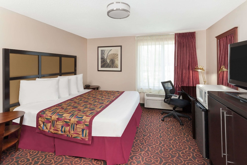 Hotel Rooms In Calumet City