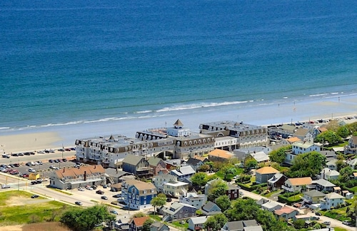 Great Place to stay Nantasket Beach Resort near Hull