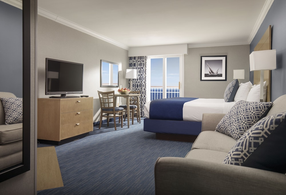 Room, Nantasket Beach Resort