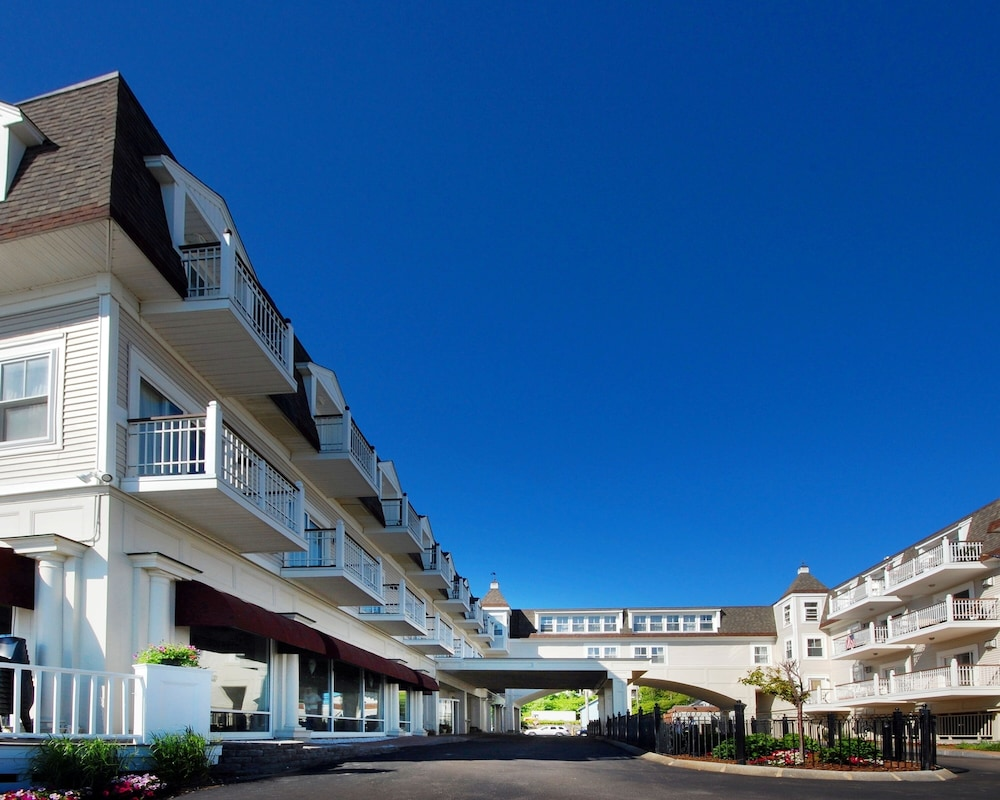 Exterior, Nantasket Beach Resort