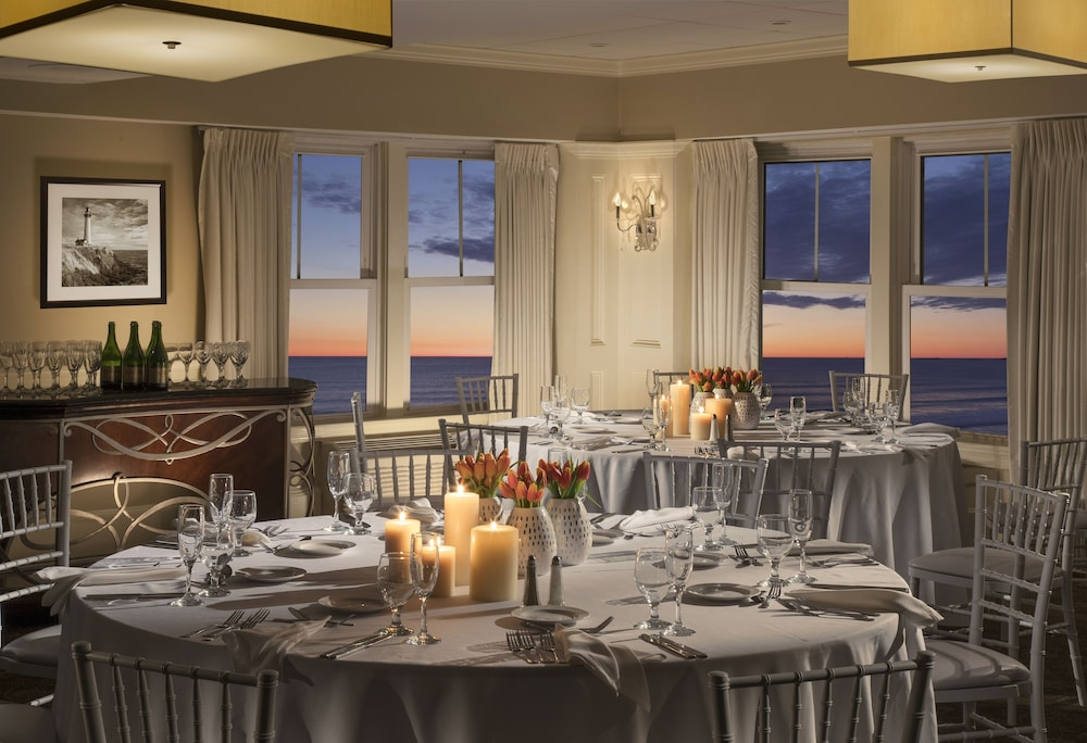Indoor Wedding, Nantasket Beach Resort