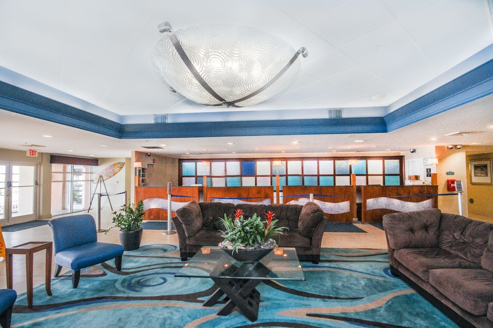 Lobby Sitting Area, Bay Watch Resort & Conference Center by Vacasa