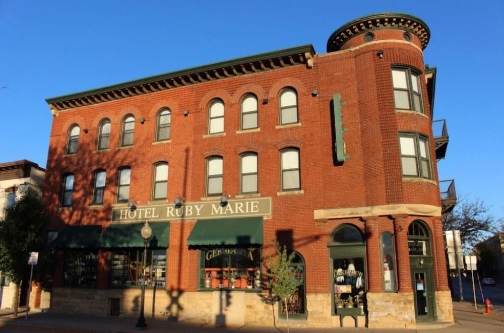 Featured Image, Hotel Ruby Marie