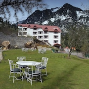 Apple Country Resorts - Manali